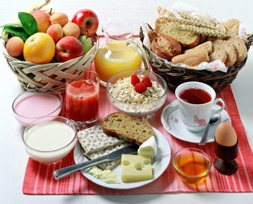 Nem sempre dá tempo para preparar um café da manhã assim.