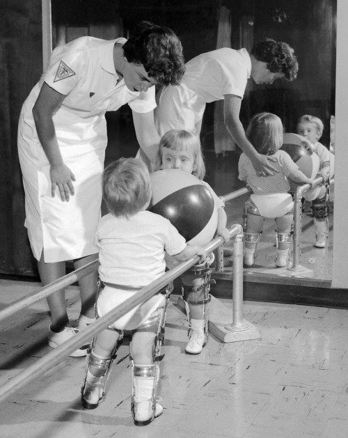 polio-physical-therapy-1