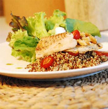 filé de tilápia com risoto de quinoa