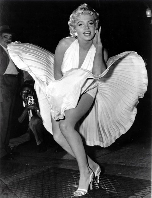 marilyn_monroe_white_dress_blo